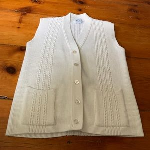 Vintage Woolrich Sweater Vest - Size L